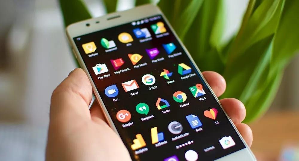 L'arnaque du SMS au colis sans affranchissement explose ces dernières semaines en France
