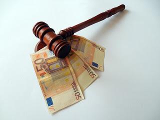 Penalti kepada Debitur dalam Kasus Default Pembayaran