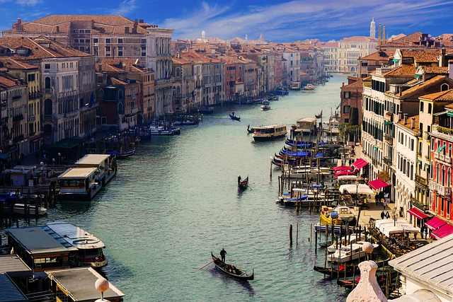 The Top 5 Beautiful Places in Italy, Italy, Venice, Venice water city, Rome, Milan, Verona, Florence