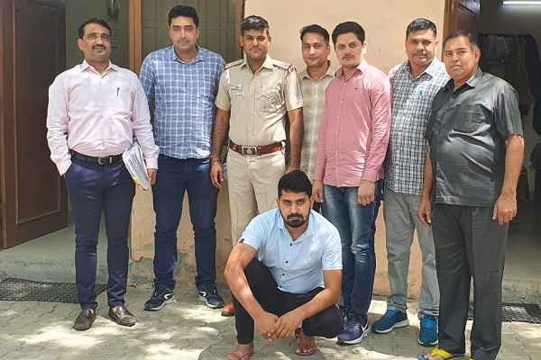 faridabad-crime-branch-sector-17-arrested-wanted-criminal-sunil