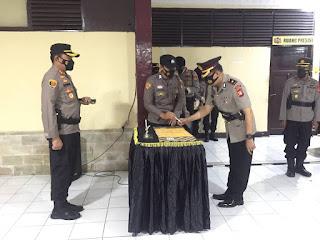 Kapolres AKBP Kadarislam Pimpin Setijab dua Kapolsek Polres Pelabuhan Makassar