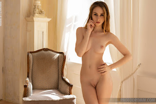 Ordinary Women Nude - yana_47651_9.jpg