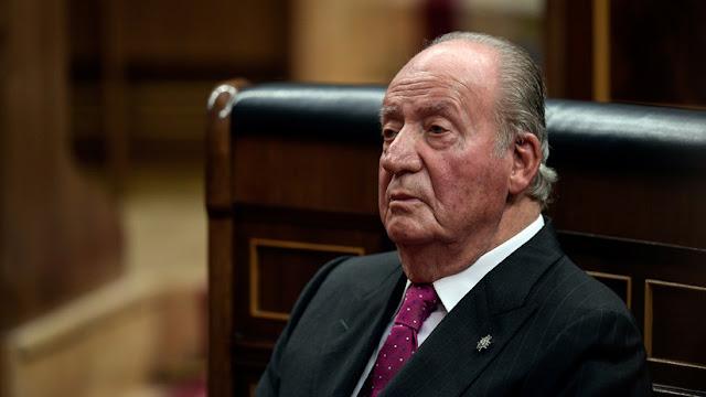 El rey Juan Carlos de España anuncia la fecha de su retirada de la vida pública