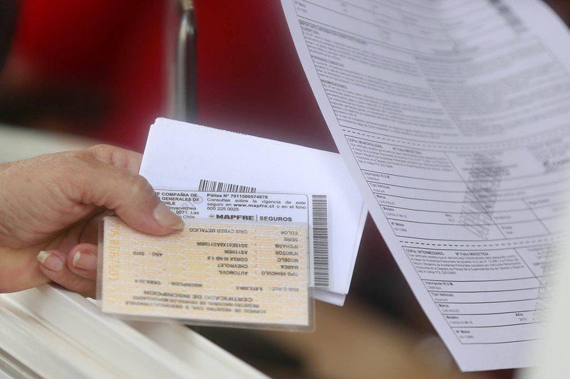 Cámara de Diputados pidió al Ejecutivo postergar pago de permisos de circulación