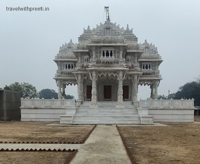 श्री पदम प्रभु जैन मंदिर कौशांबी - Jain Shwetambar Temple Kaushambi