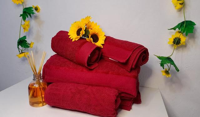 jogo-de-toalhas-vermelho