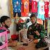 Prada Agus Mengunjungi Toko Pakaian Sembari Bercerita dengan Pemilik Toko