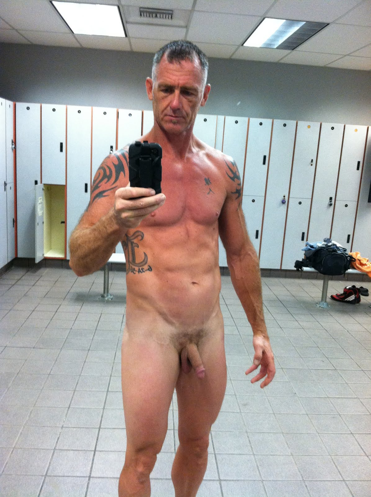 Nude mature men