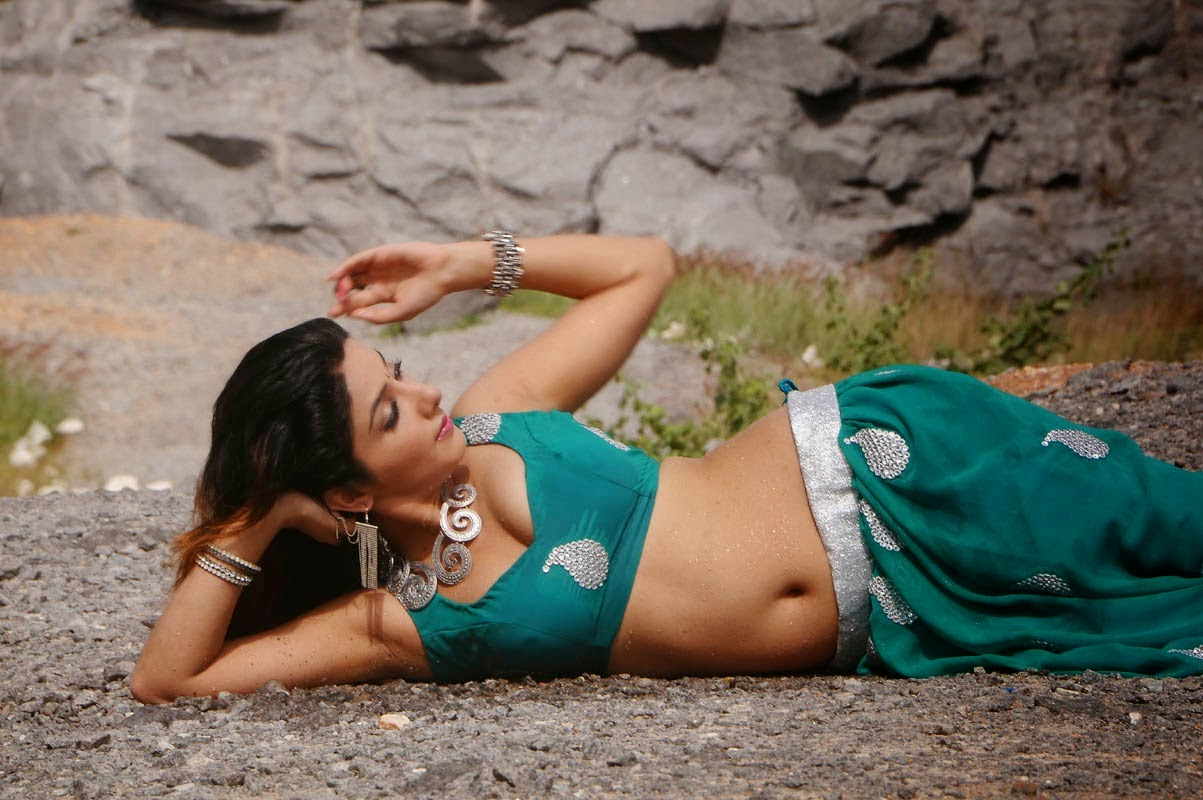 Actress Sonia Mann Latest Pics In Green Traditional Dress