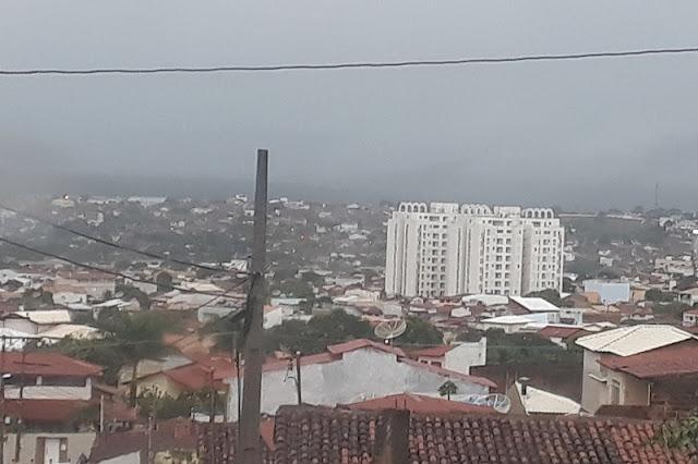 Manhã fria nesta terça-feira em Brumado-BA anuncia a chegada da frente fria na Região Sudoeste
