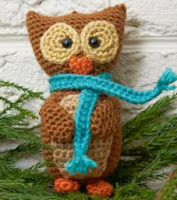 http://www.redheart.com/free-patterns/wise-owl-ornament