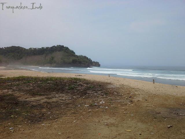 Pantai molang