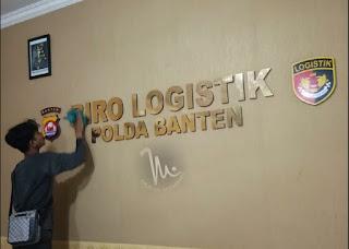 Huruf timbul Acrylic Gold & Logo LOGISTIK POLDA BANTEN