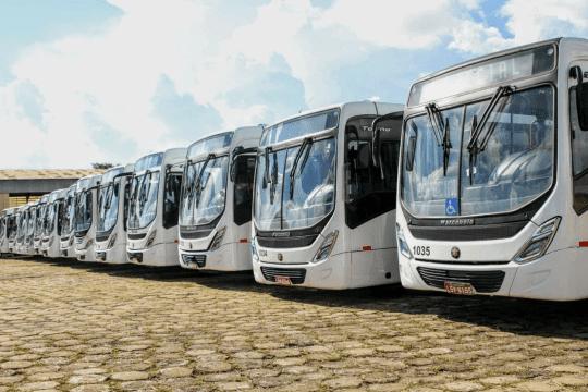 Motoristas e cobradores iniciam greve de ônibus em Paulínia
