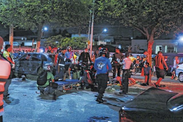 Tragédia com caminhão desgovernado deixa pessoas mortas e feridas em Fortaleza/CE