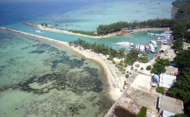 Pulau Pari Terlihat Mirip Jika Dilihat Dari Sudut Ini