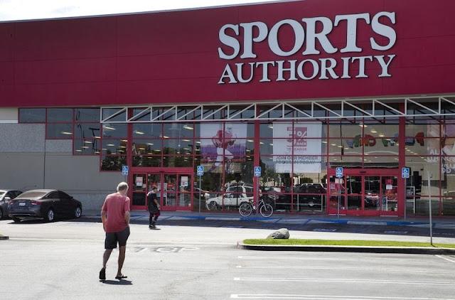 Comprar relógios GPS para correr na Sports Authority na Califórnia