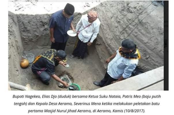 Masyarakat Adat dan Umat Katolik Bangun Masjid, Ketika Lainnya Sibuk Hancurkan Patung