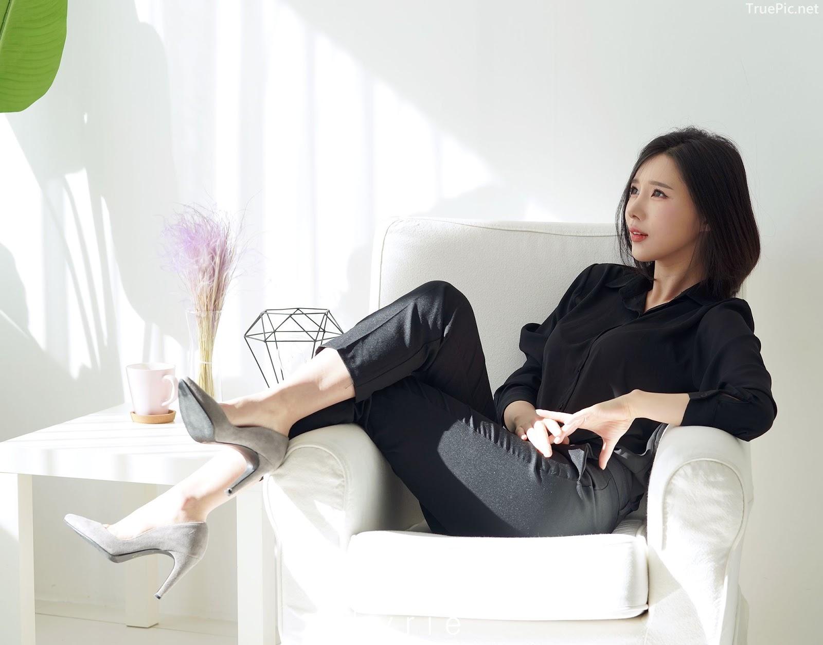 Korean racing queen - Song Ju Ah - Studio Photoshoot - Picture 7