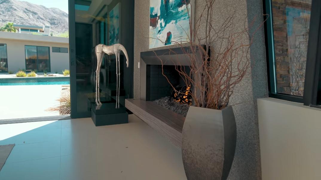 26 Interior Photos vs. 7 Rockcrest Dr, Rancho Mirage, CA Luxury Contemporary House Tour