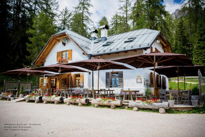 """""""la tradizione é l'unica cosa che conserva la nostra identità"""" The Tastes Of The Dolomite Tradition At El Brite De Larieto In Cortina D Ampezzo"""