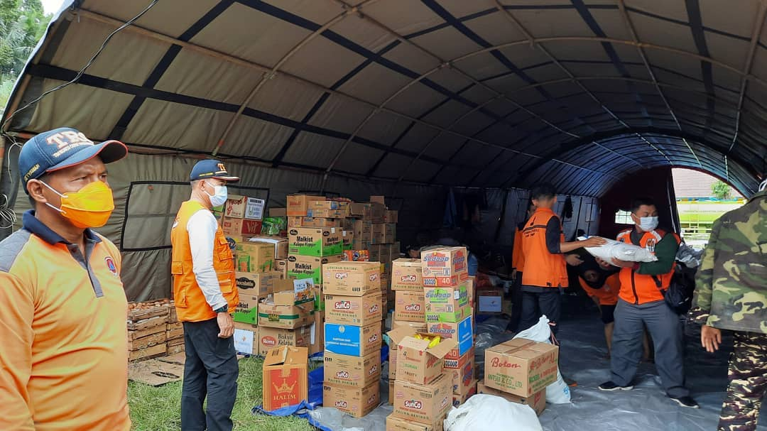 Bantuan Bencana Semeru yang Terkumpul di Posko Utama Mulai Didistribusikan