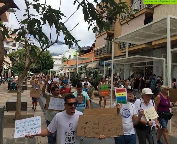 Antivacunas y negacionistas se manifestaron el pasado sábado en Los Llanos de Aridane