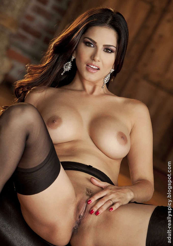 Sunny Leone Latest Nude Images