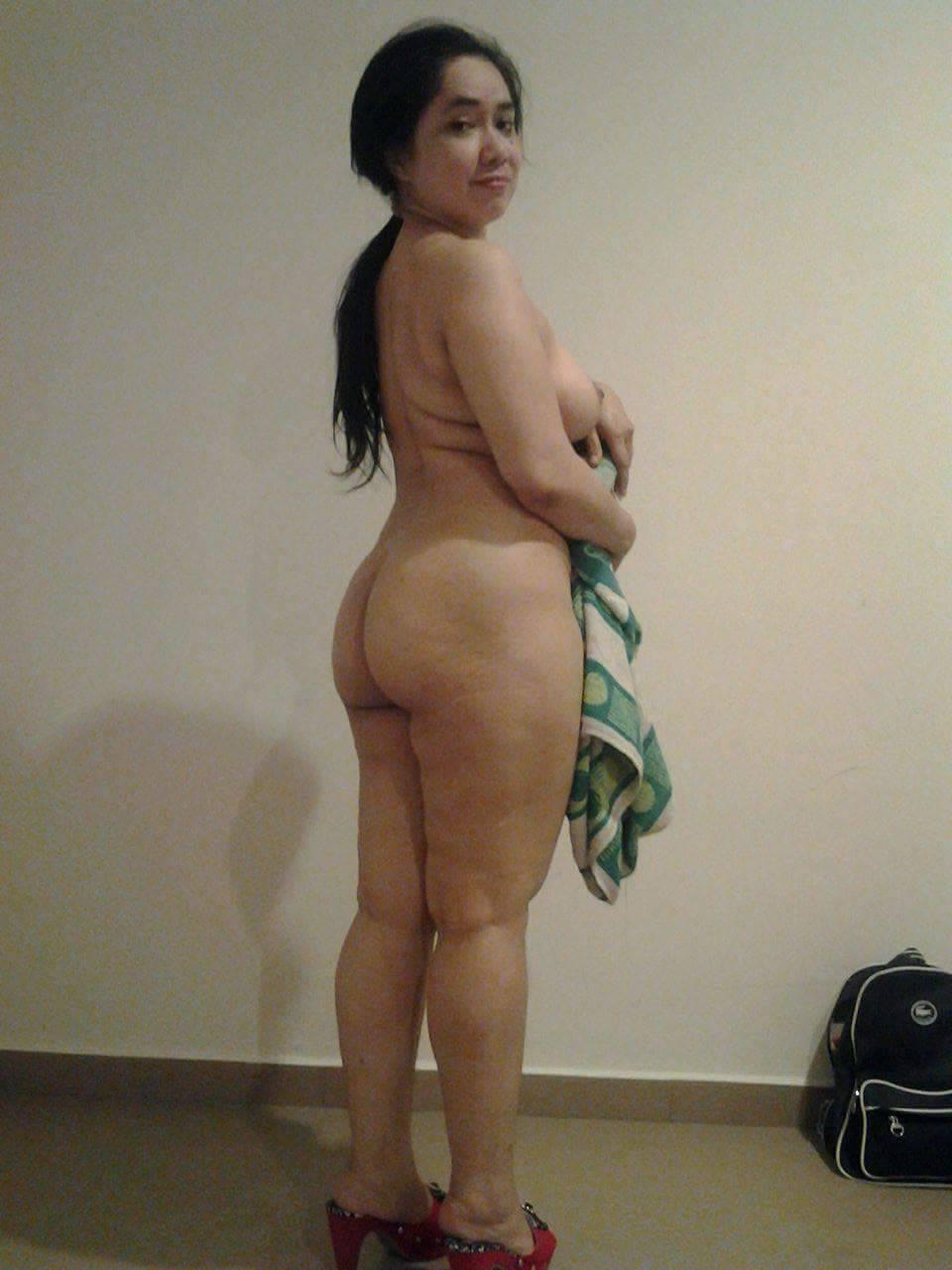 wanita bule bertato liar seksi, toket bulat ditindik, ngocok memek ditindik, mama horny ngentu, payudara abg sma