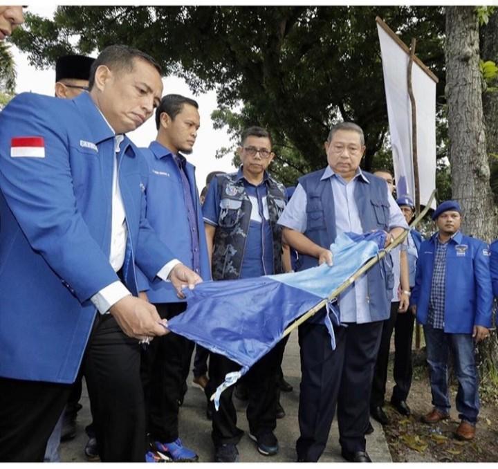 Fakta Mencurigakan Di Balik Perusakan Spanduk SBY