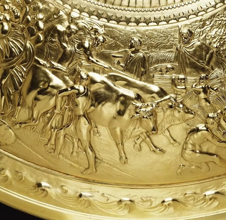 This 'Shield Of Achilles' Is One Of The World's Finest Examples Of Ancient Greek Mythology Brought To Life