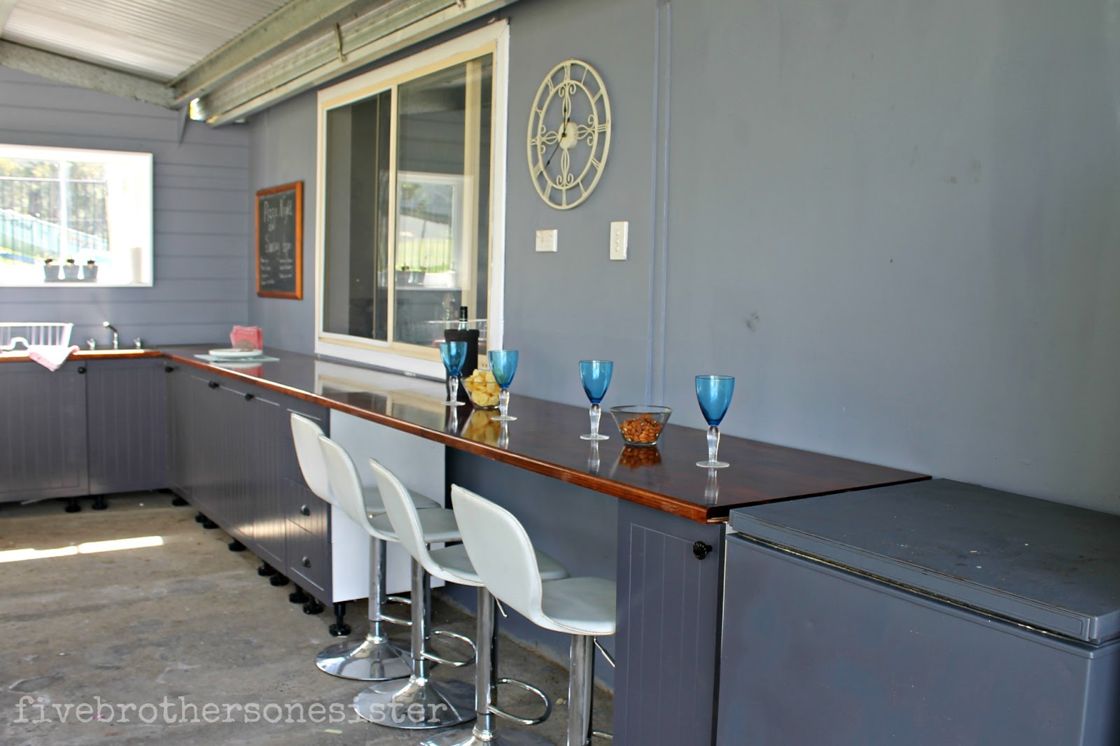 Bunnings Bar Stools Five Brothers One Sister Outdoor Kitchen Reveal