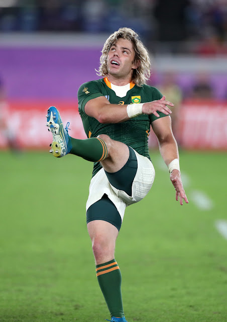 Faf de Klerk kicks out of hand against Wales in South Africa's World Cup semi-final win