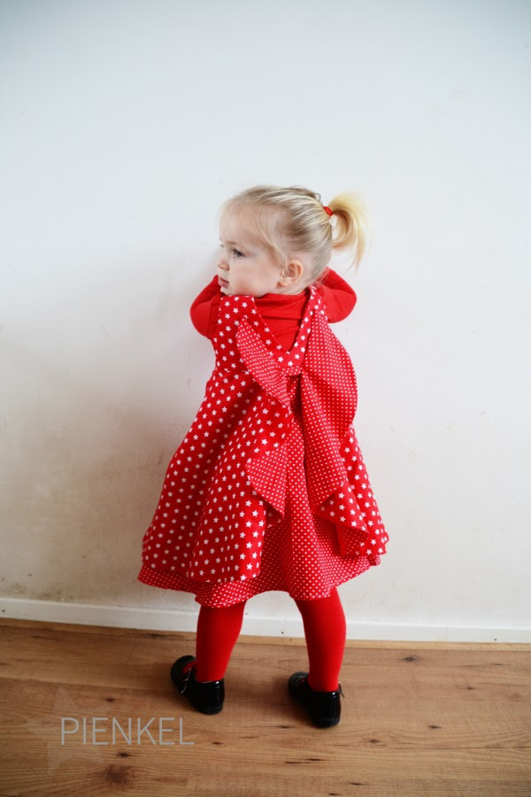Red Secret Garden Dress, sewn by Pienkel