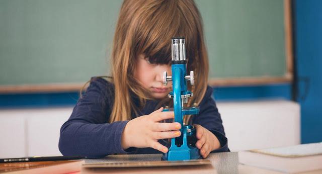 Χαρισματικοί - Ταλαντούχοι Μαθητές. Τρόποι στήριξης και τρόποι εκπαίδευσης χαρισµατικών µαθητών