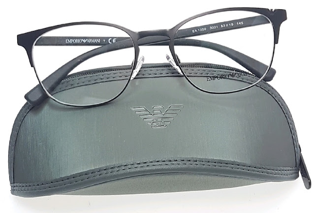 Armani eyeglasses black 黑眼鏡框
