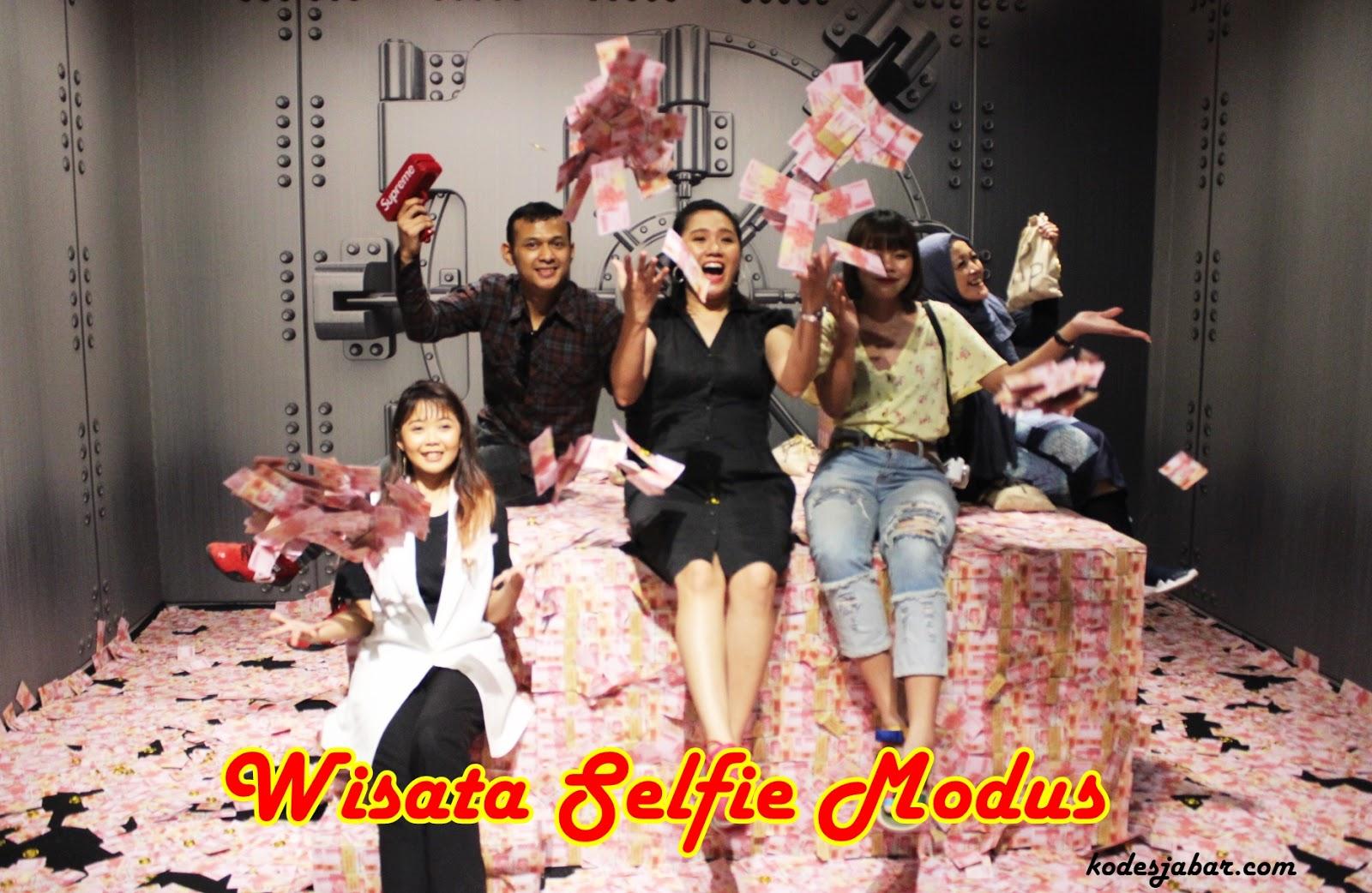 Modus, Destinasi Wisata Selfie Kekinian di Paris Van Java