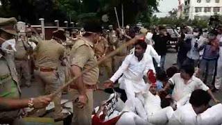 विधानसभा घेराव के लिए निकले वाम दल के कार्यकर्ताओं पर पुलिस ने किया लाठीचार्ज, कई घायल