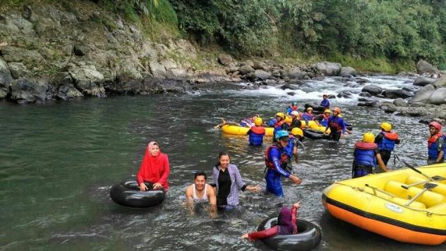 Wisata Lolong