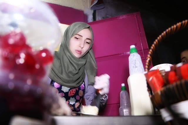 """فاطمة الزطمة، اول خريجة في قطاع غزة تفتتح مشروعها الخاص """"آيس كريم"""""""