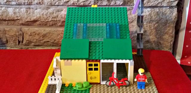 Lego eco-house