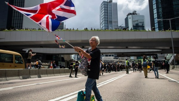 China Ancam Negara Barat Soal Hong Kong: 'Mata Akan Dicongkel'
