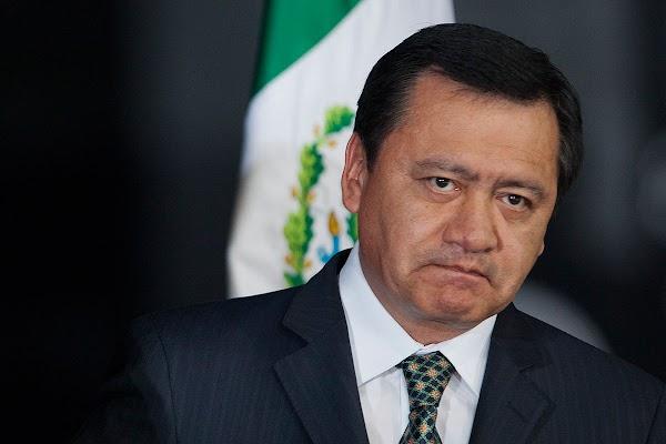 En 2010 Osorio Chong era buscado por la PGR por nexos con los Z