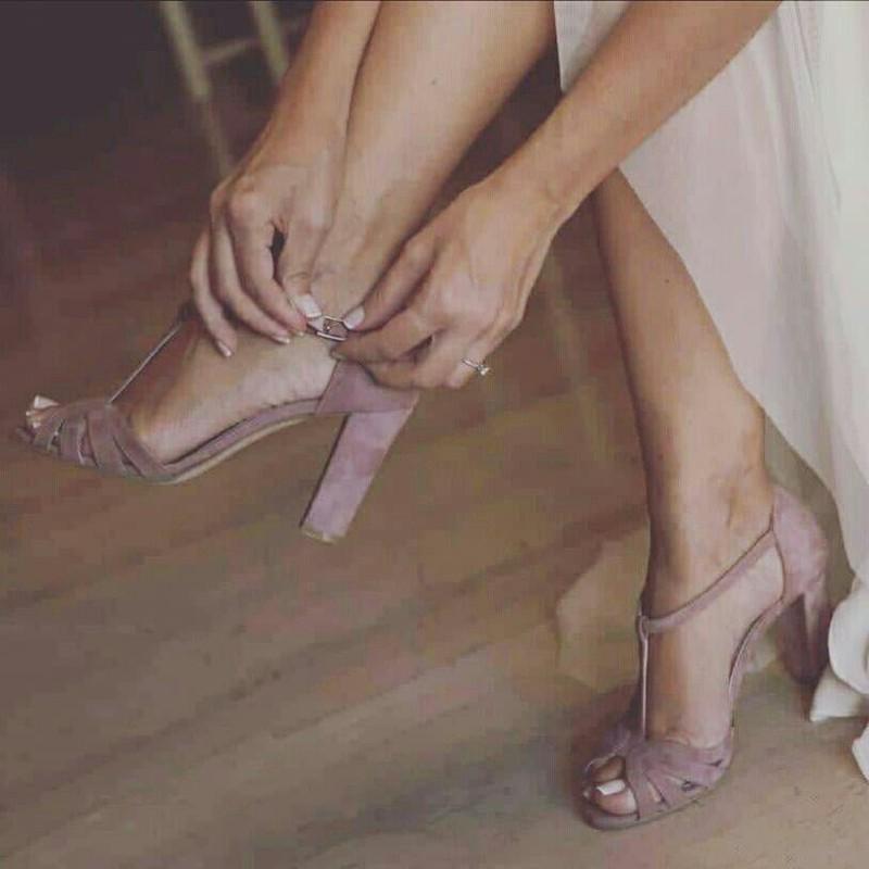 Como tirar manchas de sapato de camurça nobuk suede