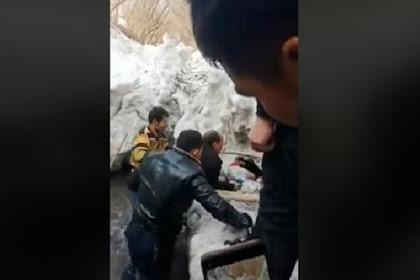 Berita Terkini! Orang Tuanya Dipenjara Bocah Uighur ini Meninggal Membeku di Parit