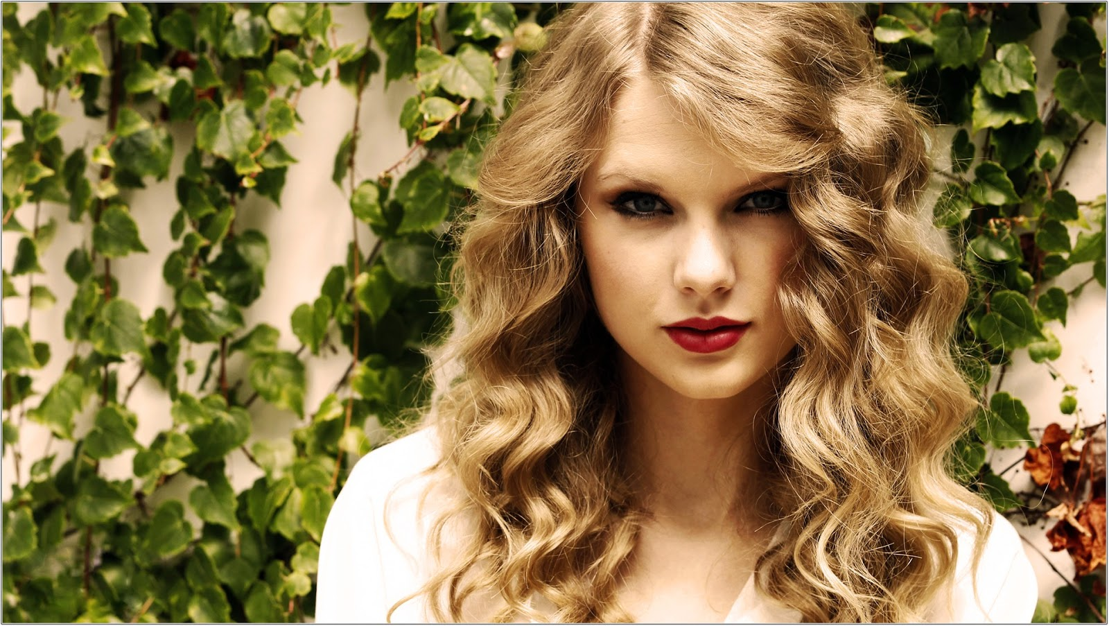 Taylor Swift Beautiful Images: Taylor Swift Wallpaper HD Beautiful Images Collection