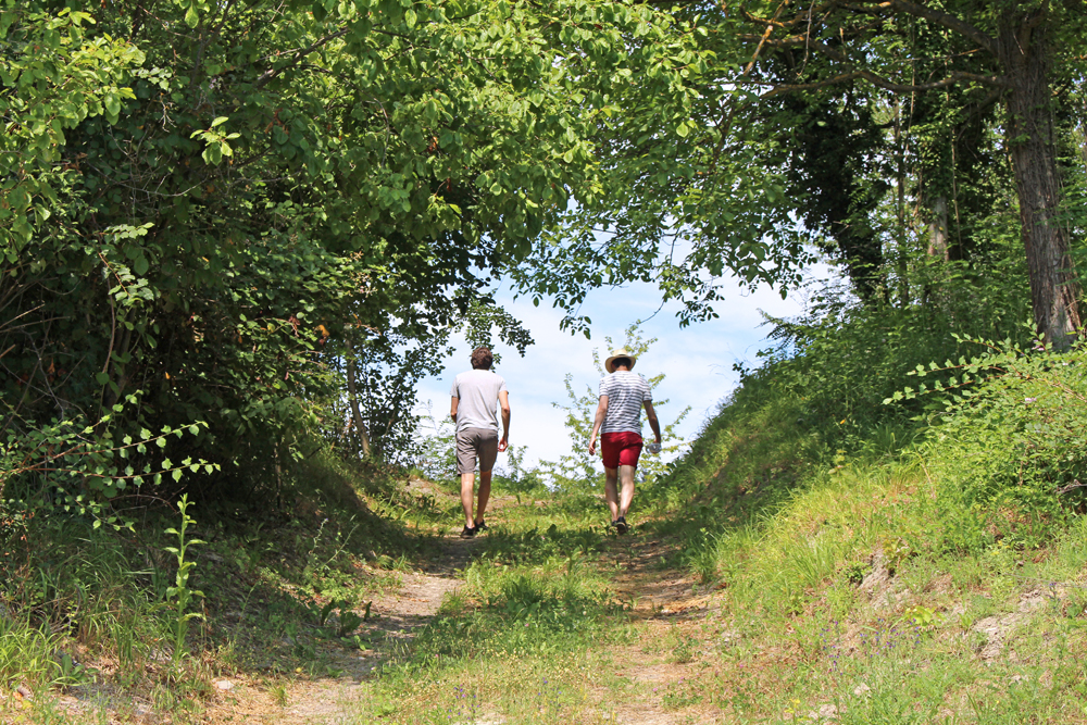 Walking in Piemonte, Italy - travel & style blog