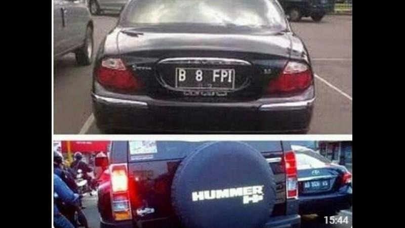 Mobil Jaguar dan Hummer bernopol B 8 FPI