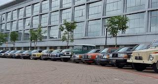Kumpulan Anak Muda Pecinta Mobil Klasik (ASIK) Adakan Konvoi, Artis Ini Bawa Mobil Langka