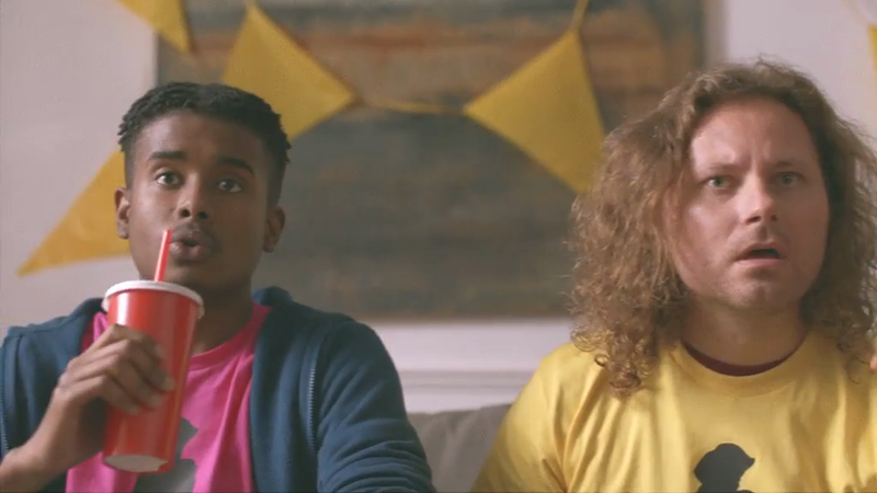 "giffgaff Takes Flight In New ""Hey you. Let's fly"" Advert"